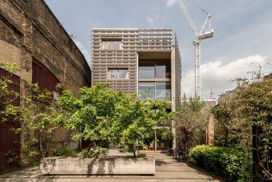 On the market: de Rijke Marsh Morgan-designed split-level modernist apartment in London SE1