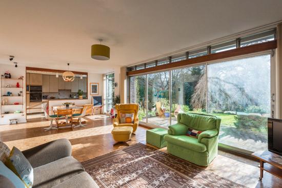 1960s Roy Lancaster-designed modernist property in Chislehurst, Kent
