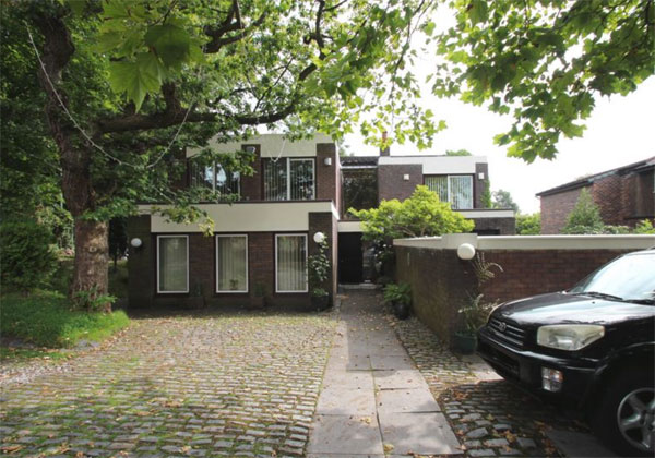 1960s modernist property in Romiley, near Stockport, Cheshire
