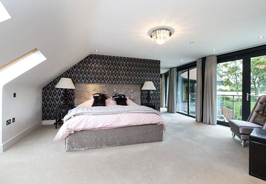 Contemporary five-bedroom property in Claverdon, Warwick, Warwickshire