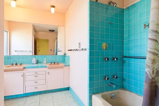 1950s Johnny Stroh-designed midcentury modern property in Santa Paula, California, USA