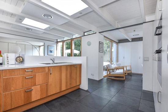 1960s Roger Dyer midcentury modern house in Cheltenham, Gloucestershire