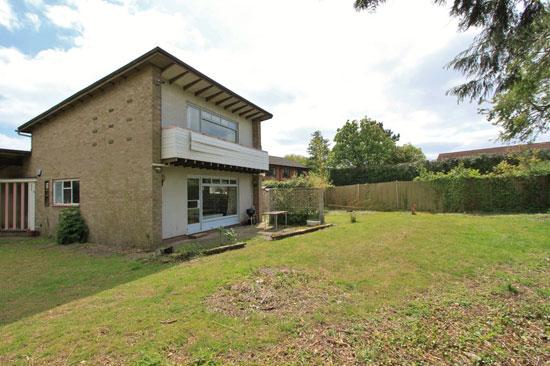 1960s modernist property in Dry Drayton, Cambridgeshire