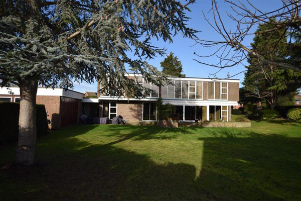 1960s Norman Brooks modernist property in Canvey Island, Essex