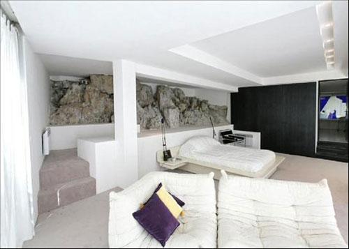 1960s Claude Parent-designed Villa Ex in Cap D'Antibes, South Of France