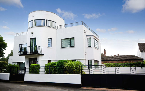 1930s Blenkinsopp and Scratchard art deco property in Castleford, Yorkshire