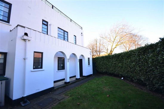 Yorkshire art deco: 1930s Blenkinsopp and Scratchard-designed property in Castleford, Yorkshire
