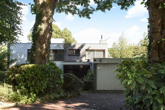 1960s modernist property in Bromley, Greater London
