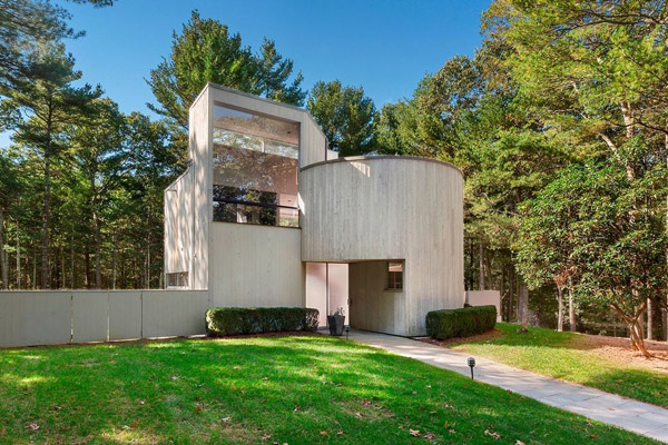 1960s Charles Gwathmey Sedacca House in East Hampton, New York, USA