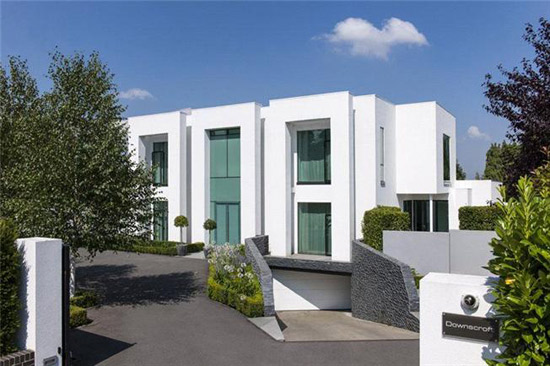 On the market: Downscroft contemporary modernist property in Cheam, Surrey