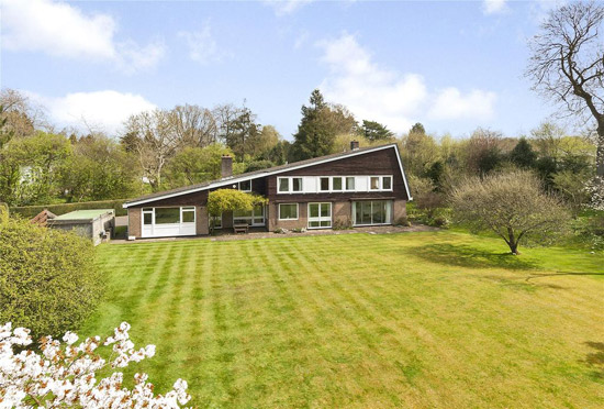 On the market: Longwood 1960s midcentury property in  Chorleywood, Rickmansworth, Hertfordshire