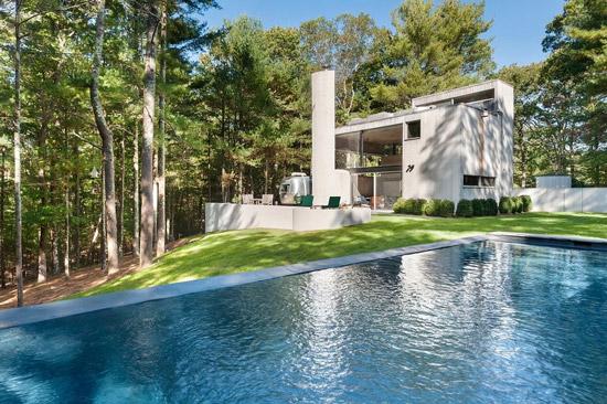 1960s Charles Gwathmey Sedacca House in East Hampton, New York, USA