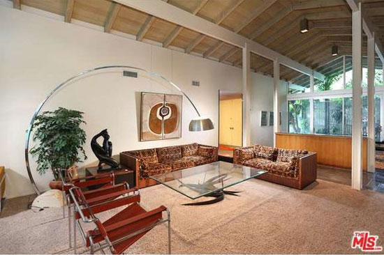 timewarp for sale 1960s donald park designed midcentury property in los angeles california. Black Bedroom Furniture Sets. Home Design Ideas