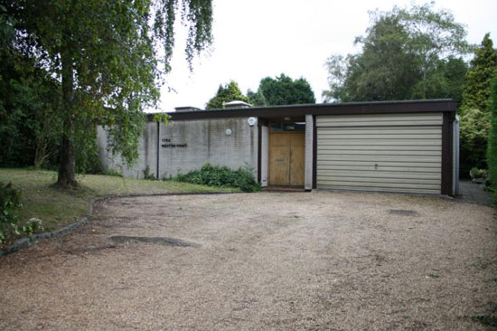 On the market: 1960s Michael Manser-designed three bedroom bungalow in South Cheam, Surrey