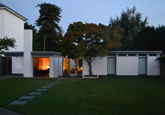 1960s Roger Dyer-designed modernist property in Cheltenham, Gloucestershire
