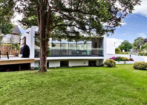 Modernist-inspired four-bedroom house for sale in Cheltenham, Gloucestershire