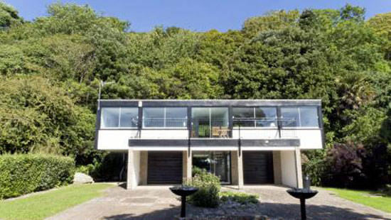 Holiday let: 1970s Chert two-bedroom house in St Lawrence, Isle of Wight