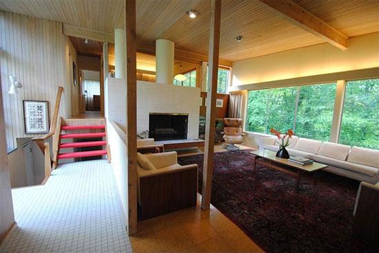 1950s Jim Alexander-designed midcentury modern property in Cincinnati Ohio, USA