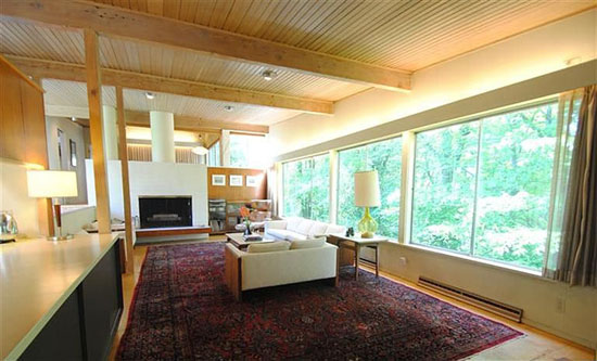 1950s Jim Alexander-designed midcentury modern property in Cincinnati Ohio, USA