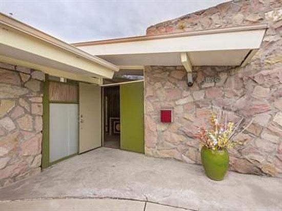 1960s three-bedroom midcentury modern property in Littleton, Colorado, USA