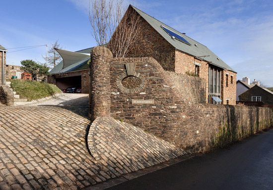 Murray Church-designed contemporary property in Cornworthy, near Totnes, Devon