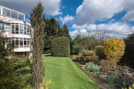 Grade II-listed modernism: 1930s Connell, Ward and Lucas-designed property in Rickmansworth, Hertfordshire