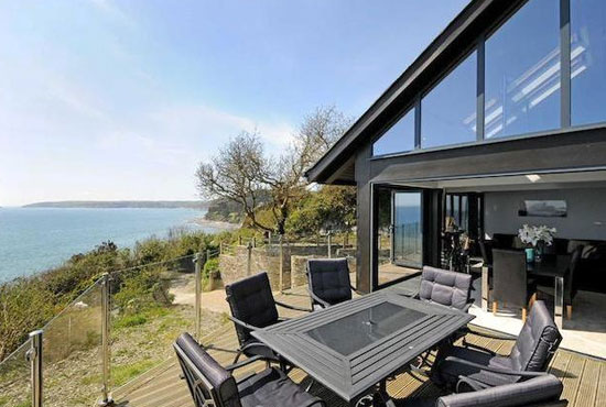 Moxley McDonald-designed coastal property in Downderry, Cornwall