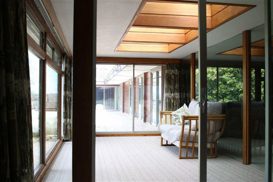 Price drop: 1960s Robert Harvey midcentury modern property in Kenilworth, Warwickshire