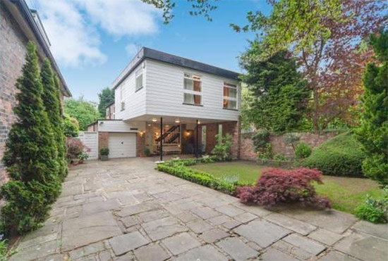 On the market: 1970s Frazer Crane-designed modernist property in Altrincham, Cheshire