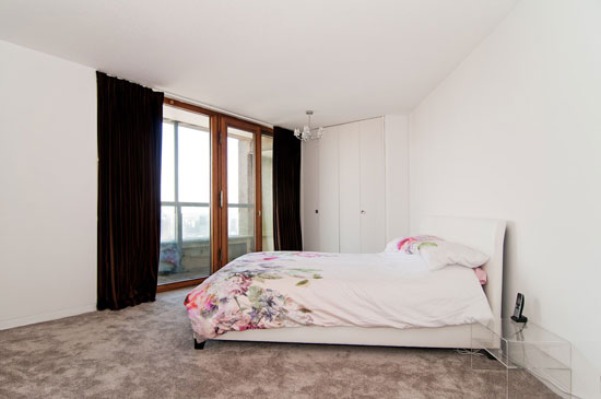 Barbican living: Apartment in Cromwell Tower on the Barbican Estate, London EC2