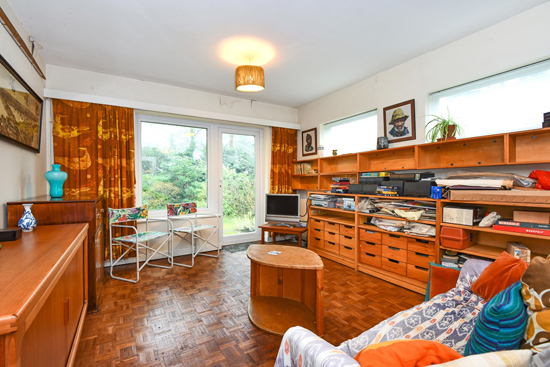 Time capsule on the 1960s Edgcumbe Park estate in Crowthorne, Berkshire