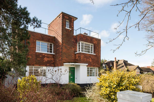 1930s Sydney Gubby art deco property in Croydon, Greater London