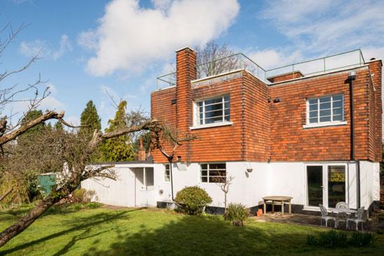 1930s Sydney Gubby art deco property in Croydon, Great London