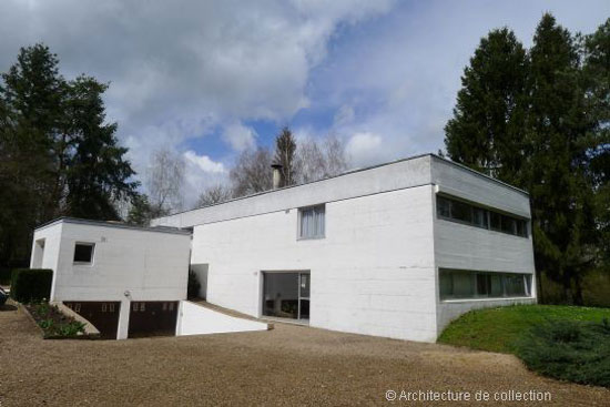 On the market: 1970s Andre Gomis-designed modernist property in Le Creusot, eastern France