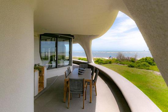 Eye Of The Storm modernist house on Sullivan's Island, South Carolina, USA