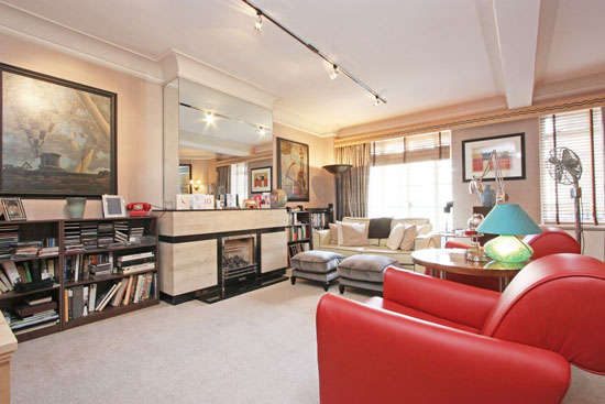 Apartment in the grade II-listed moderne Dorset House in London NW1