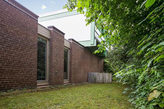 1960s modernism: Jesper Lund-designed property in Hillerod, Denmark