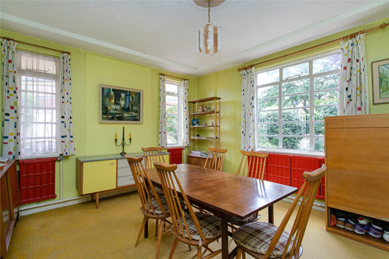 1930s Kemp and Tasker art deco house in London SE24