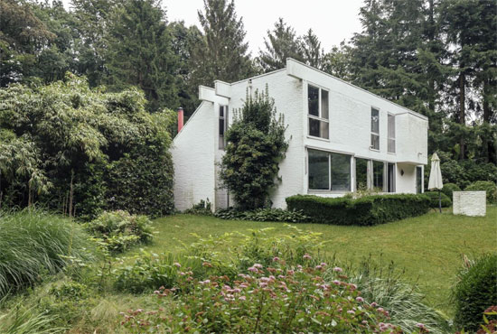 1960s Marc Dessauvage-designed modernist property in Kapellen, Belgium