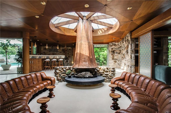 1960s Eddie Parker-designed The Round House in Dallas, Texas, USA