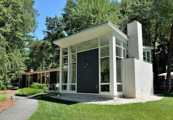 1950s midcentury modern property in Alexandria, Virginia, USA
