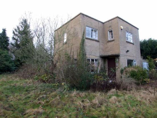 In need of renovation: Three bedroom 1930s art deco house in Darley Abbey, Derby, Derbyshire