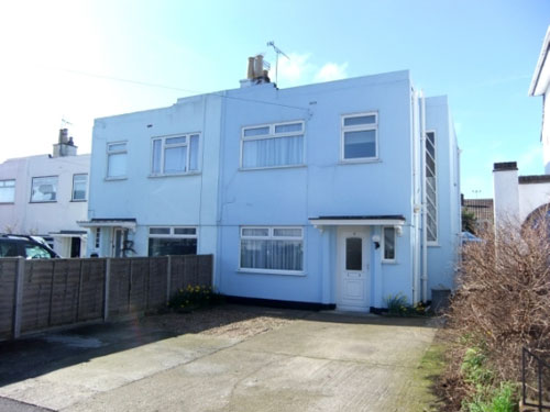 Art deco style for 150k: Three-bedroomed semi-detached house in Deal, Kent