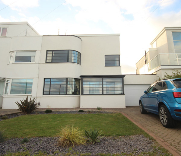 1930s art deco house in Whitley Bay, Tyneside