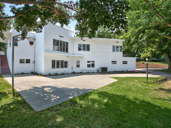 1940s art deco house in Yakima, Washington, USA