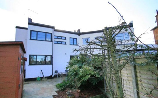 Three bedroom 1920s semi-detached art deco property in Rayleigh, Essex