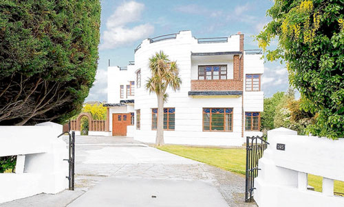 Art deco in Dublin: 1930s six-bedroom art deco property in Templeogue Road, Dublin