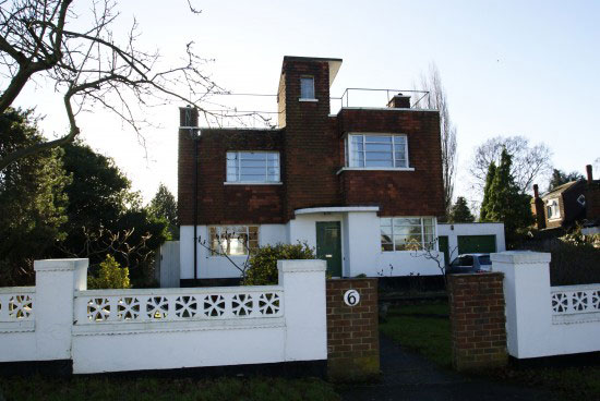 1930s four-bedroom art deco property in Croydon, Surrey