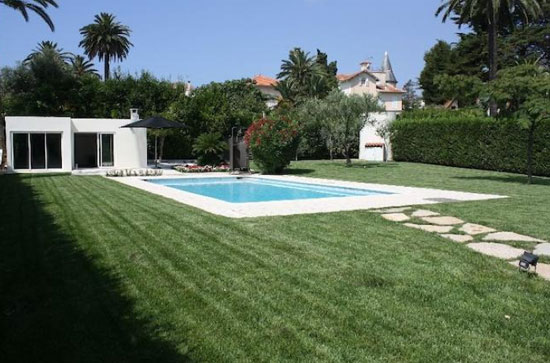 Three-bedroom 1930s art deco property in Antibes, southern France