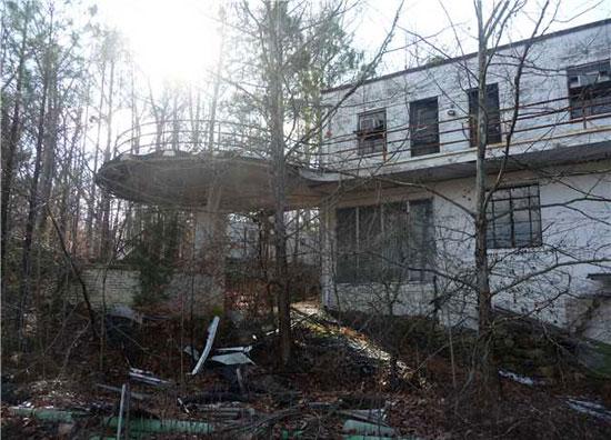 Edward Stone-designed 1930 art deco property in Richmond, Virginia, USA